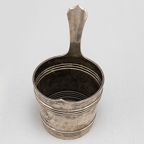 A silver ice bucket from kultateollisuus, turkku, finland, 1927