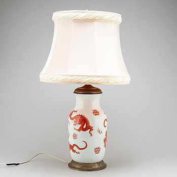 A Meissen vase mounted as a table lamp, 20ht Century.