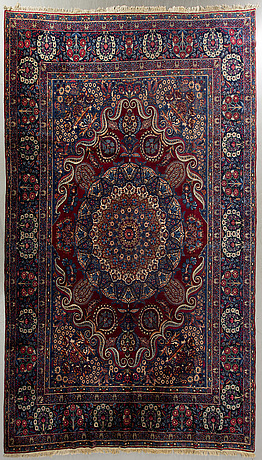 A semiantique yezd carpet ca.