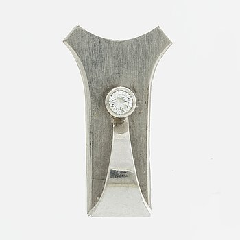 ELON ARENHILL PENDANT, 18K whitegold 1 brilliant-cut Diamond approx 0,15 ct, Malmö 1988.