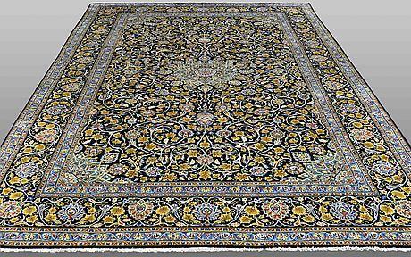 A carpet, kashan, ca 395 x 260 cm