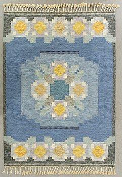 INGEGERD SILOW, a signed flatweave carpet ca 230 x  170 cm.