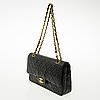 "Chanel, ""double flap bag"", laukku"