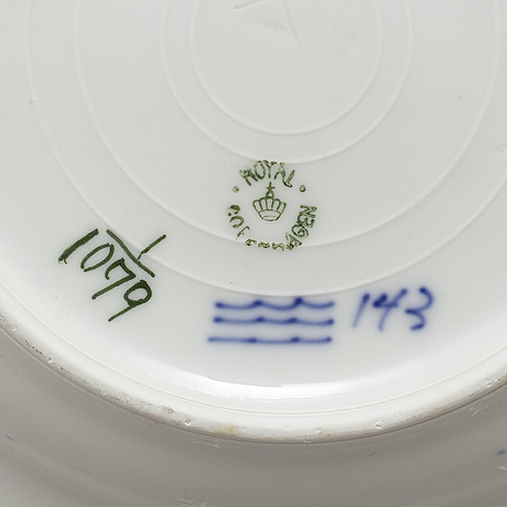 Royal copenhagen, a part 'musselmalet' coffee and dinner porcelain service (21 pieces)