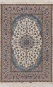 A rug, Old Esfahan signed Esfahan Ghaffarian, ca 231 x 149 cm.