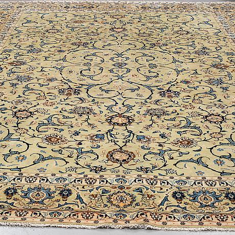 A carpet, kashan 448 x 306 cm