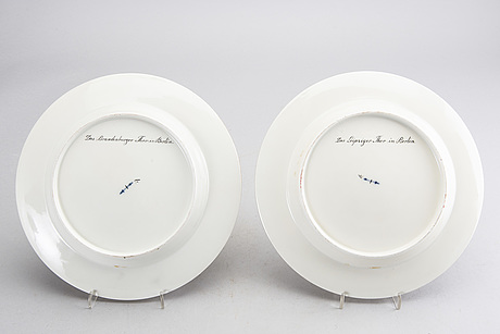A pair of 19th century berlin porcelain handpainted plates
