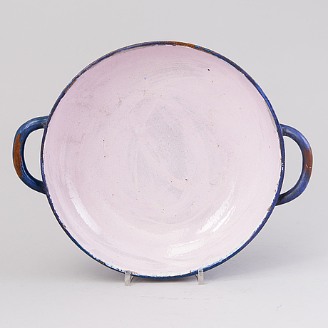 Alfred william finch, a bowl by iris finland around 1900
