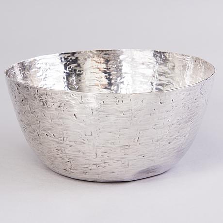 Tapio wirkkala, a sterling silver bowl, marked tw, kultakeskus, hämeenlinna, 1970.