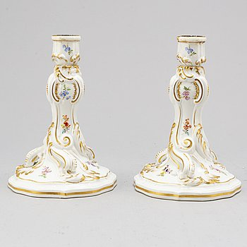 A pair of porcelain handle holders, Meissen, 19th century.