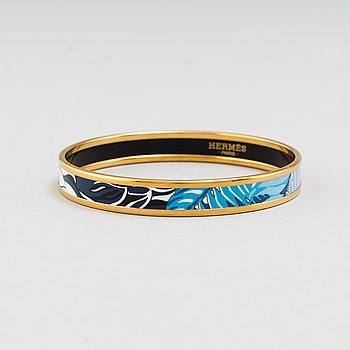 HERMÈS, an enamel bangle.