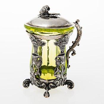 JOHANN DIEDRICH LINDKVIST, Glas i silverhållare med lock, S:t Petersburg 1841.