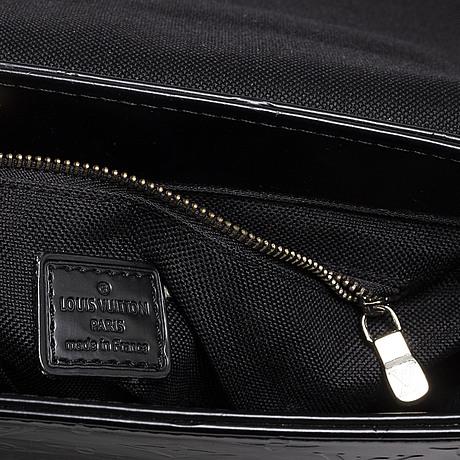 Louis vuitton, a 'monogram glace fonzie, shoulder bag'.