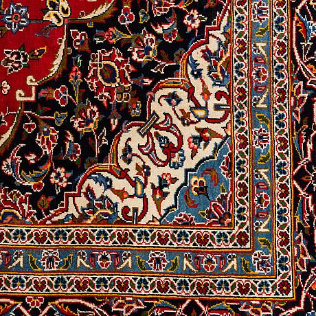 A carpet, kashan, ca 390 x 296 cm