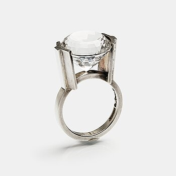 167. Wiwen Nilsson, a sterling silver ring with facet cut rock crystal, Lund, Sweden 1966.
