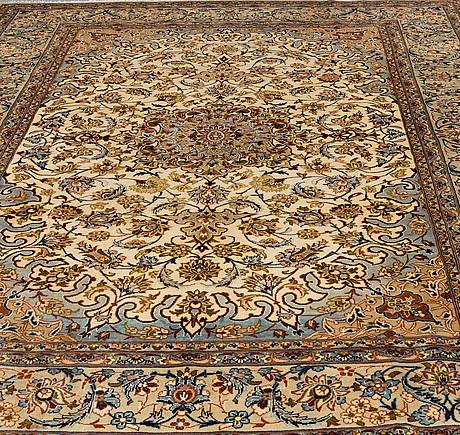 Matta, najafabad, ca 389 x 287 cm.