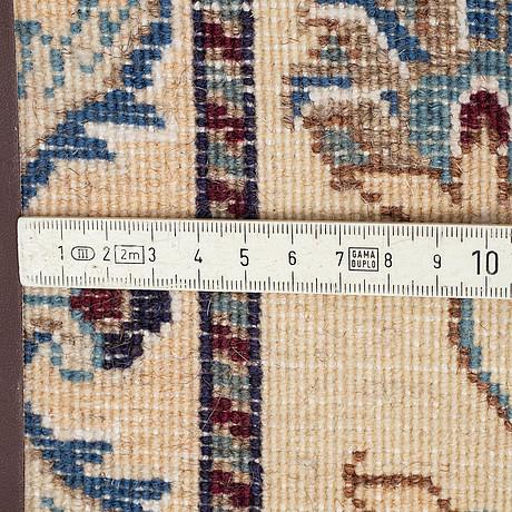 A runner, nain, ca 295 x 78 cm