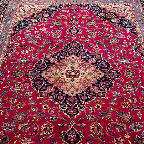 A carpet, east persian, ca 301 x  194 cm