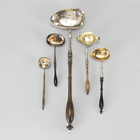 5 silver ladels, one carl petter lampa, stockholm (1818 55)