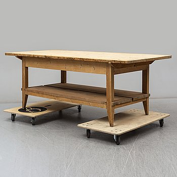 A pine table, early 20th Century.