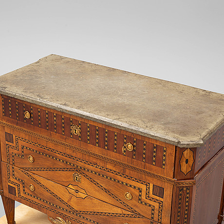 An early 20th century louis xvi-style chest of drawers.
