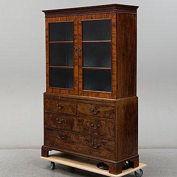 An English mahogany cabinet, 19th Century.