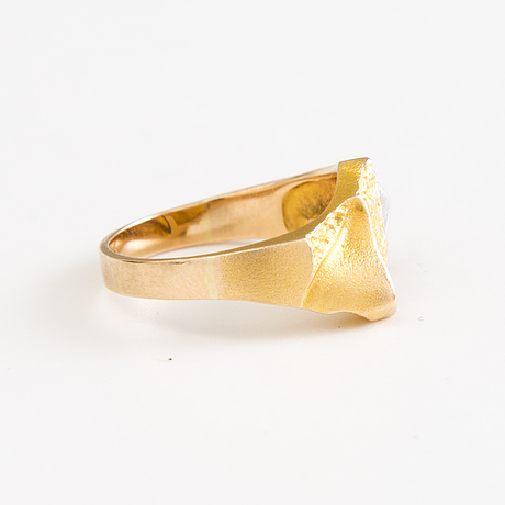 BjÖrn weckstrÖm ring, pendant and bracelet, 14k gold by lapponia, 1970s and 1990s