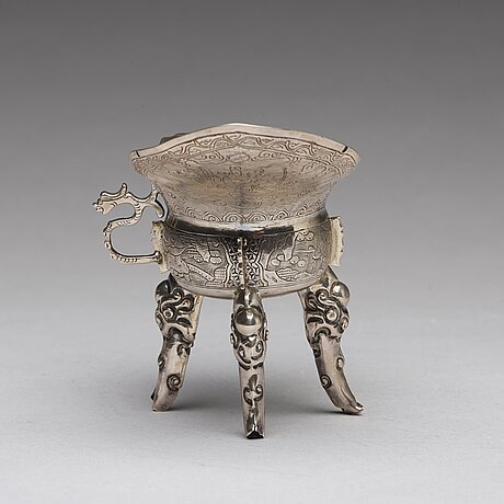 A chinese silver jue, qing dynasty with an inscription.