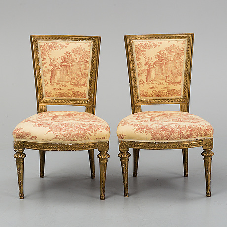 A pair of gustavian chairs by ephraim ståhl (master in stockholm 1794-1820).