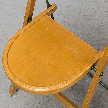 Four collapsible 'bern' birch chairs from gemla, 1920's/30's.