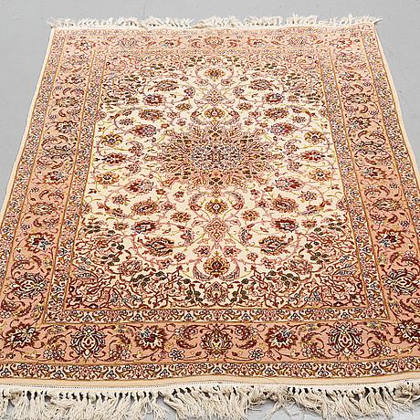 A rug, old esfahan, part silk, around 165 x 106,5 cm