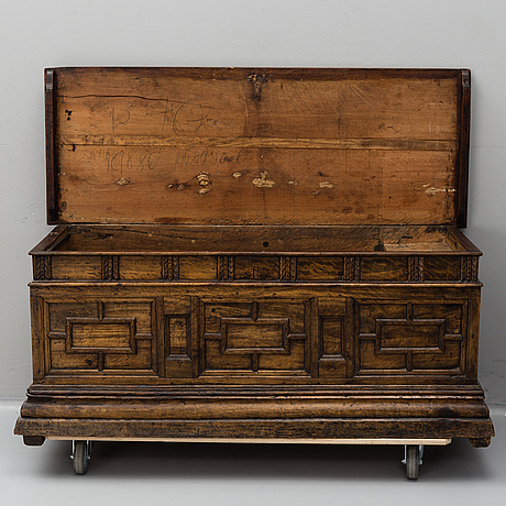 Cassone, 1700-tal.