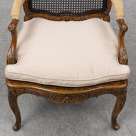 A french 18th century régence armchair.