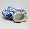 A blue and white moon flask, qingdynasty, 19th century.