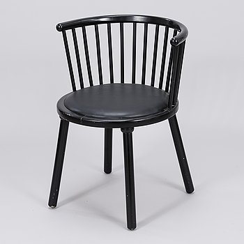 Arm chair from the latter half of the 20th century.