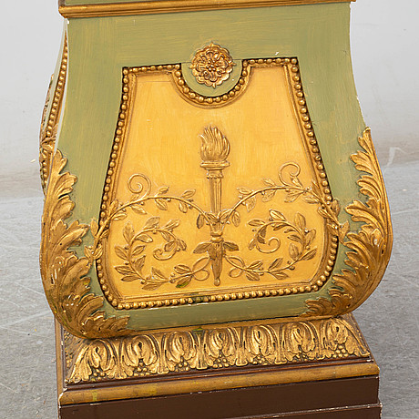A painted and gilt pedestal, first half of the 20th century