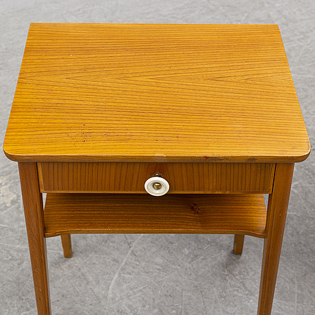 A pair of 1940's bedside tables