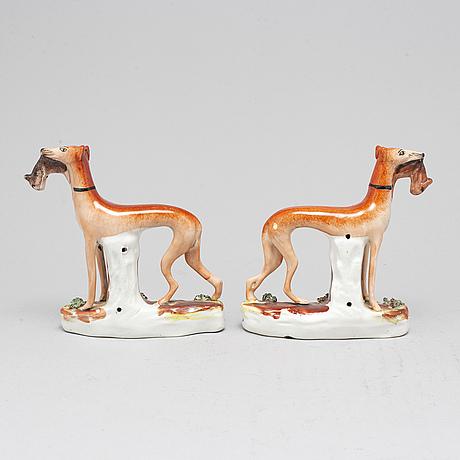 Figuriner, ett par, porslin, england, omkring år 1900.