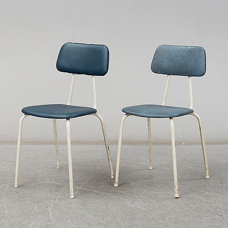 A set of 6 chairs from the mid 20th century