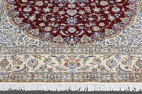 Nain part silk , s.k 6 laa, ca 253 x 208 cm.