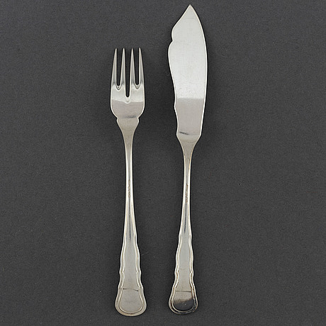Cg hallberg, 12 pieces of silver fish cutlery from stockholm, 1930 1