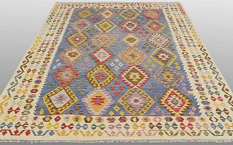A carpet, kilim, ca 291 x 206 cm.