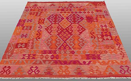 A rug kilim, ca 202 x 164 cm.