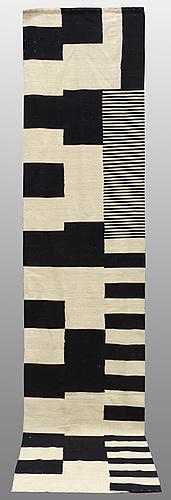 A runner, flat weave, 381 x 82 cm