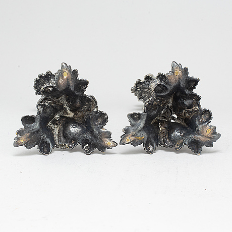 Ljusstakar, ett par, försilvrad brons, sent 1800-tal.