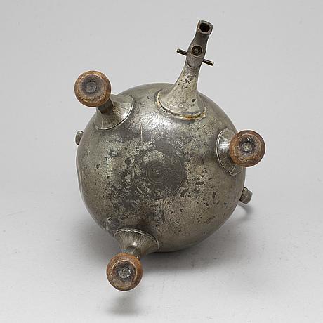 BehÅllare, tenn, troligen 1700-tal.