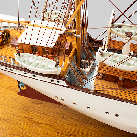 A model of a ship, second half of the 20th century.