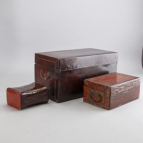 Askar 2 st samt kudde ostasien 1900 tal lackarbete