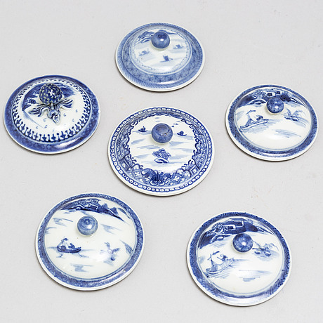 11 blue and white cups with 6 covers, qing dynasty, 18-19th century.