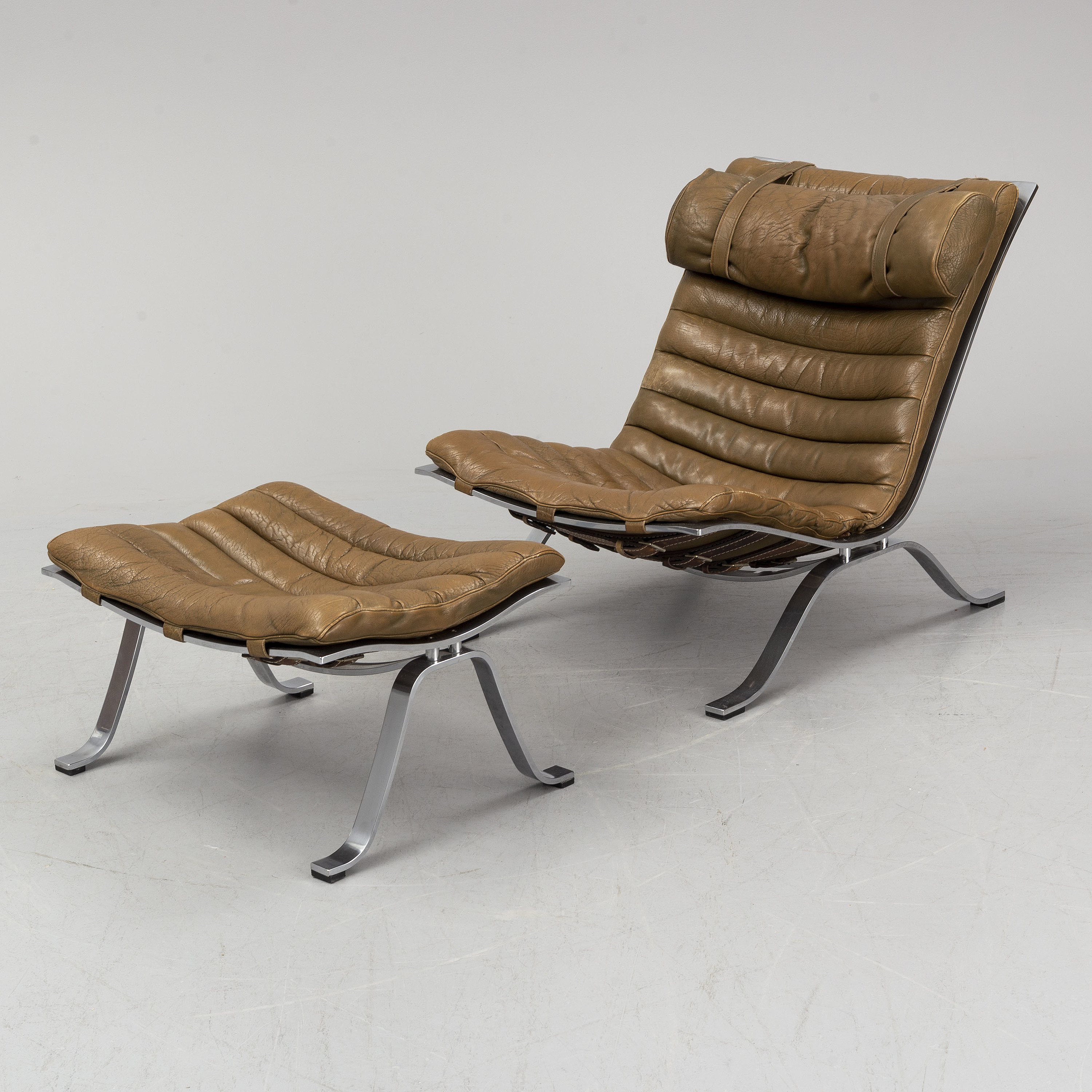 Magnificent A Ari Easy Chair And Ottoman By Arne Norell Bukowskis Dailytribune Chair Design For Home Dailytribuneorg